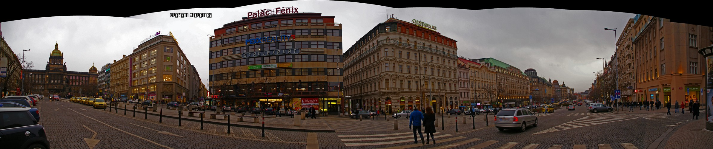 2010-03-prague-la-place-wenceslas-00.jpg