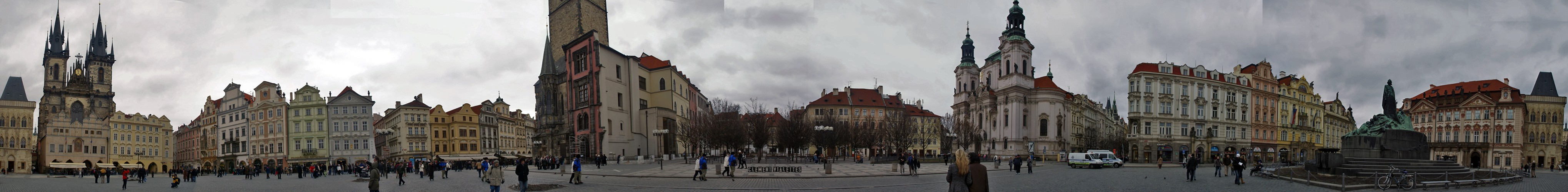 2010-03-prague-place-de-la-vieille -ville-panoramique.jpg
