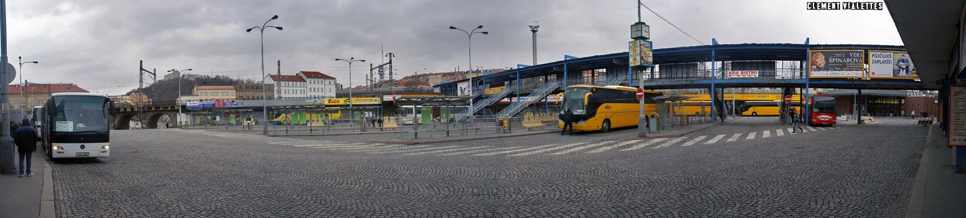 2010-03-prague-transports-gare-de-bus.jpg